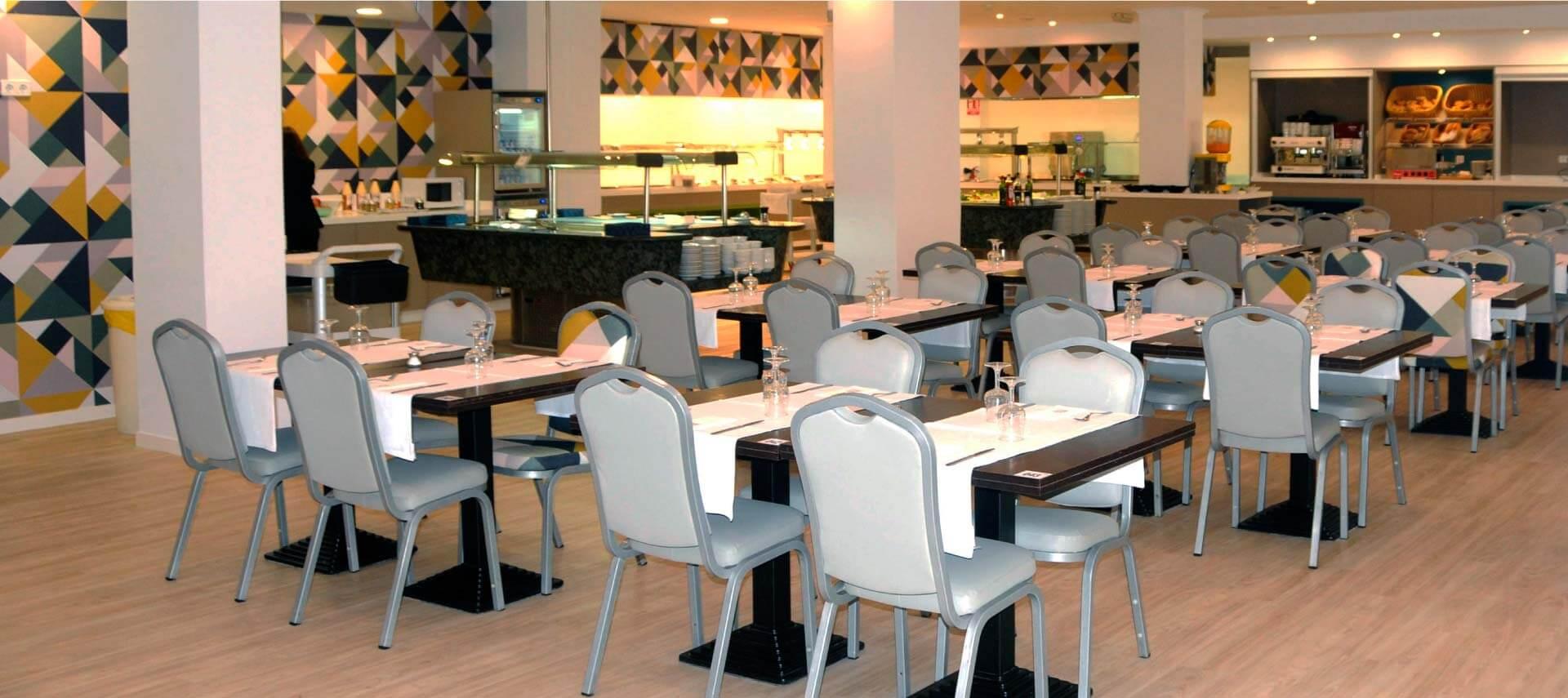 Restaurante en el ZT Aparthotel Acuasol